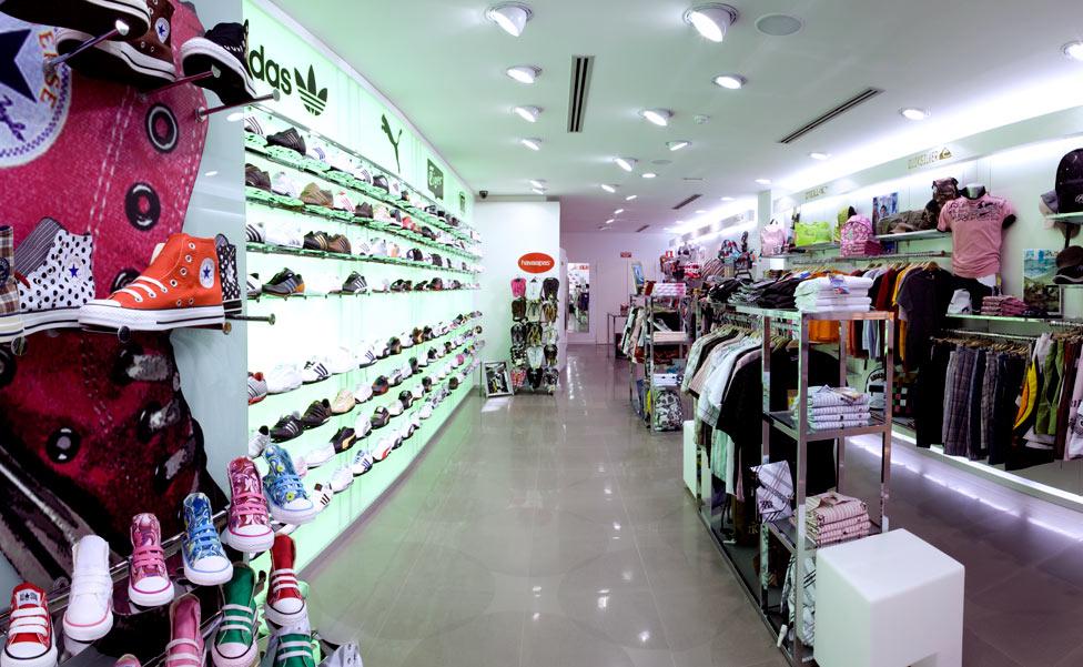 6c0bb367fca56 Tiendas de Deportes  Diseño de Mobiliario y Decoración