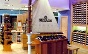 Proyectos de decoración y diseño de mobiliario para zapaterias