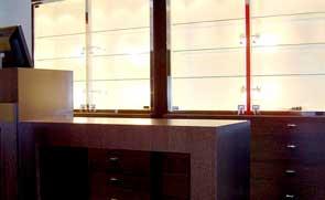 Decoración y mobiliario de joyerías. Muebles, expositores y vitrinas