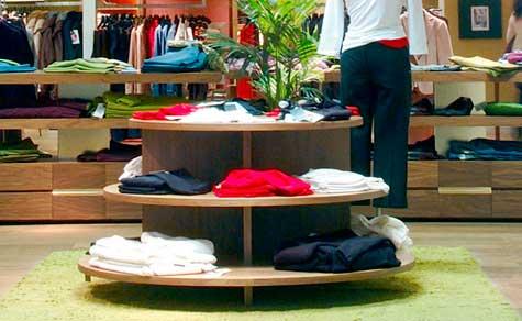 Estante circular para ropa