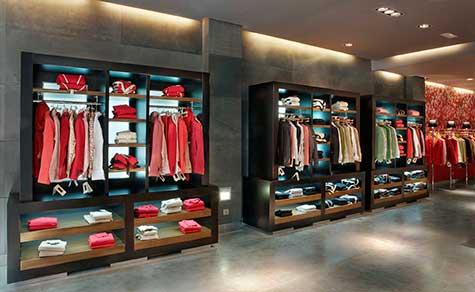 Decoraci n tiendas de ropa dise o de interiores - Estanteria para ropa ...