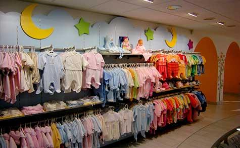 decoración tienda de ropa infantil